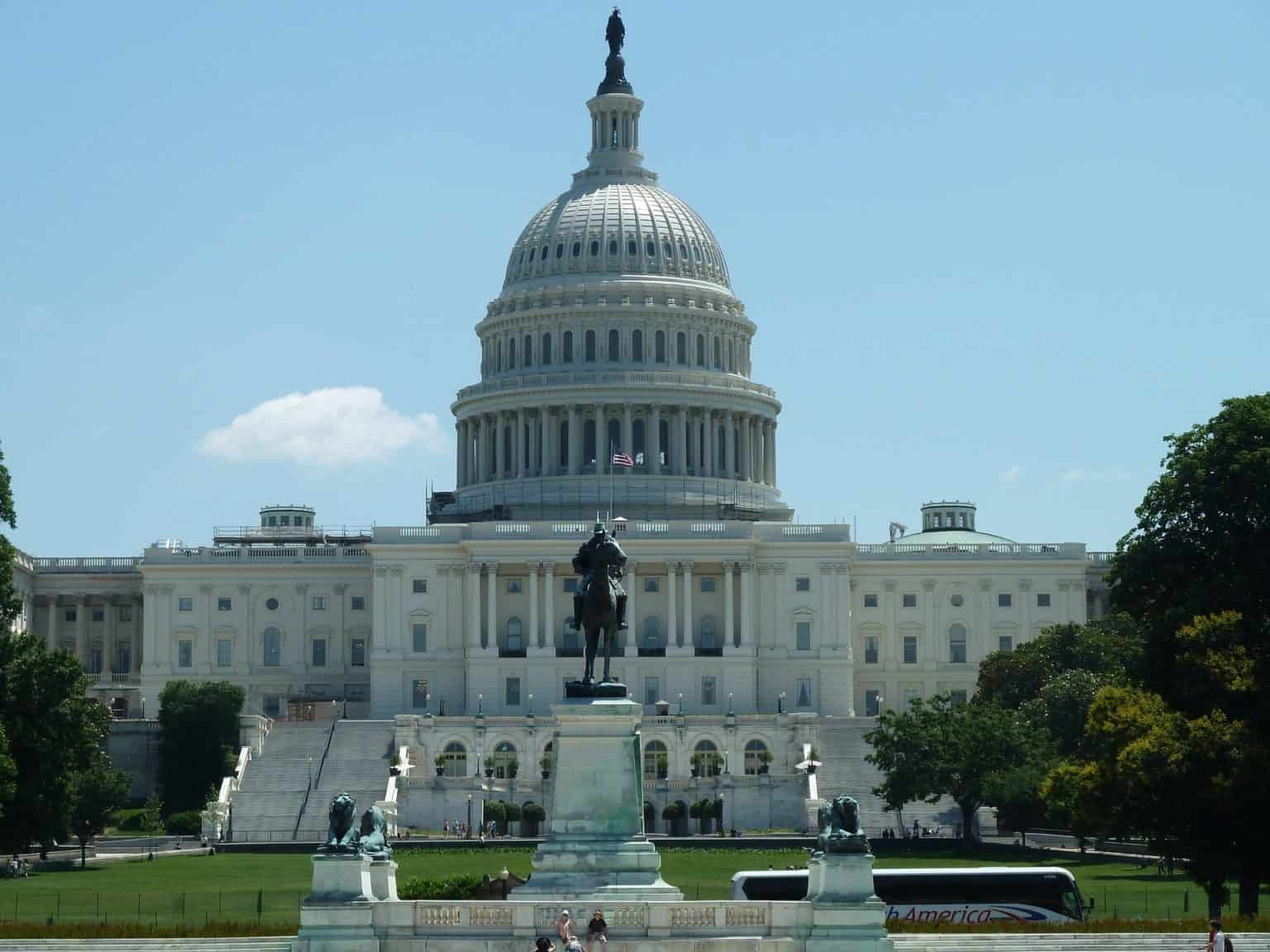 picture of the US capitol building